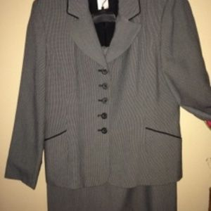 Gray, black & white patterned suit with black trim
